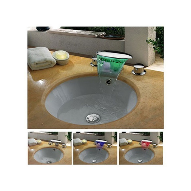 Robinet vasque plat et ovale en cascade